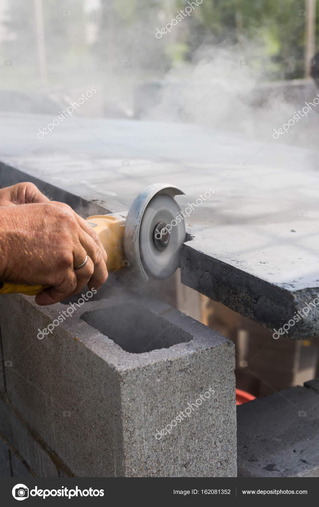 Arbeitsplatte Schneiden U2014 Stockfoto. Eine Platte Aus Beton Coutner Oben Ist  Für Strom, Gekerbt Wird U2014 Foto Von Homank76
