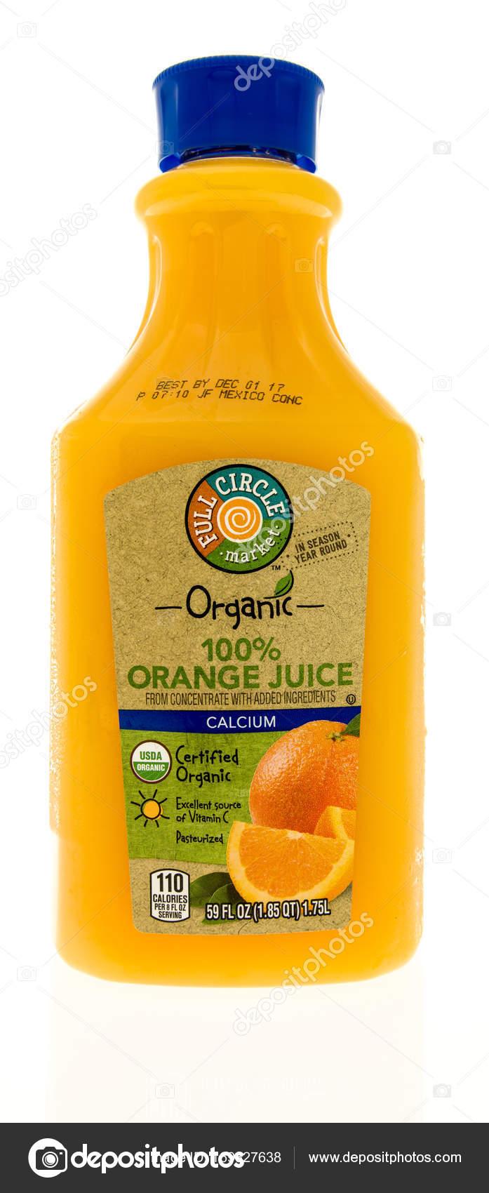 9d62e7219d garrafa de suco de laranja — Fotografia de Stock Editorial ...