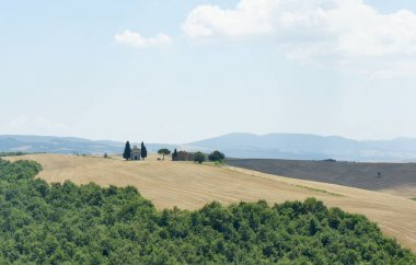 A lonely chapel in Tuscany