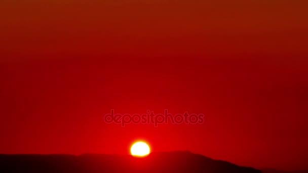arany napkelte idő telik el