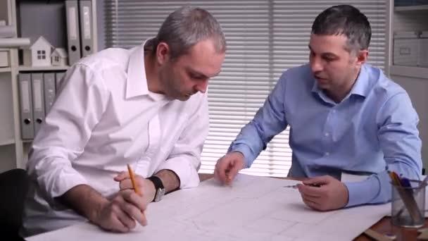 Diskuse o možnosti pro vytváření konstrukčních řešení