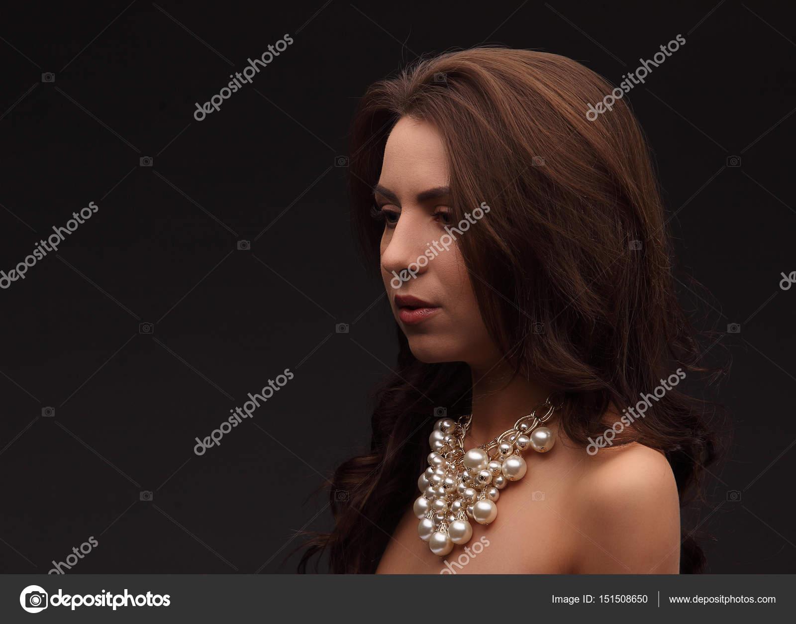 Modelli di petto nude