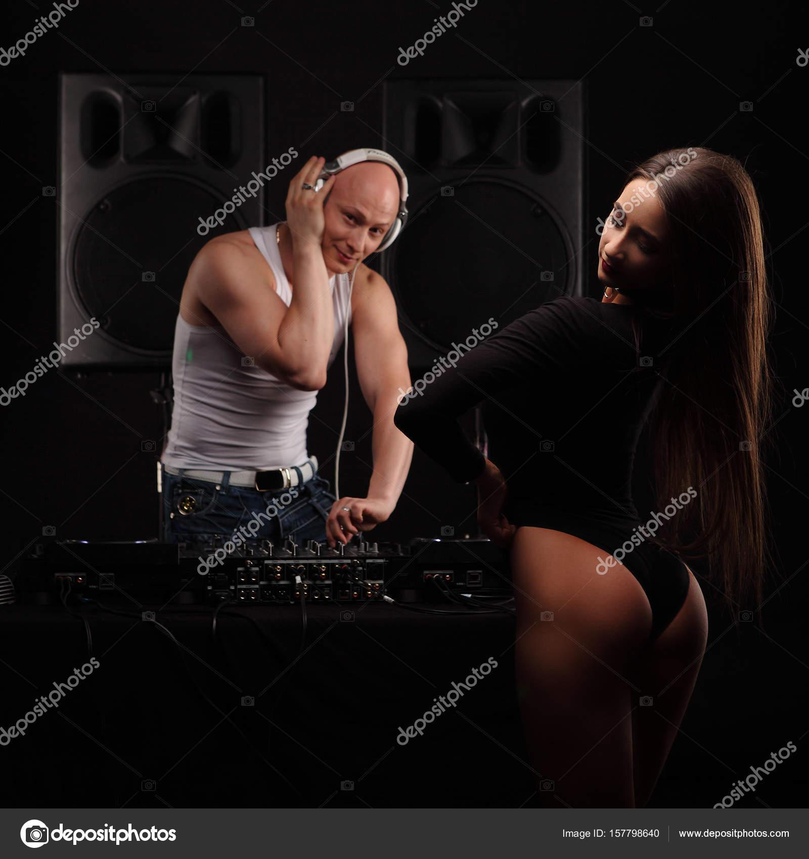 Kinky couple's POV creampie sex
