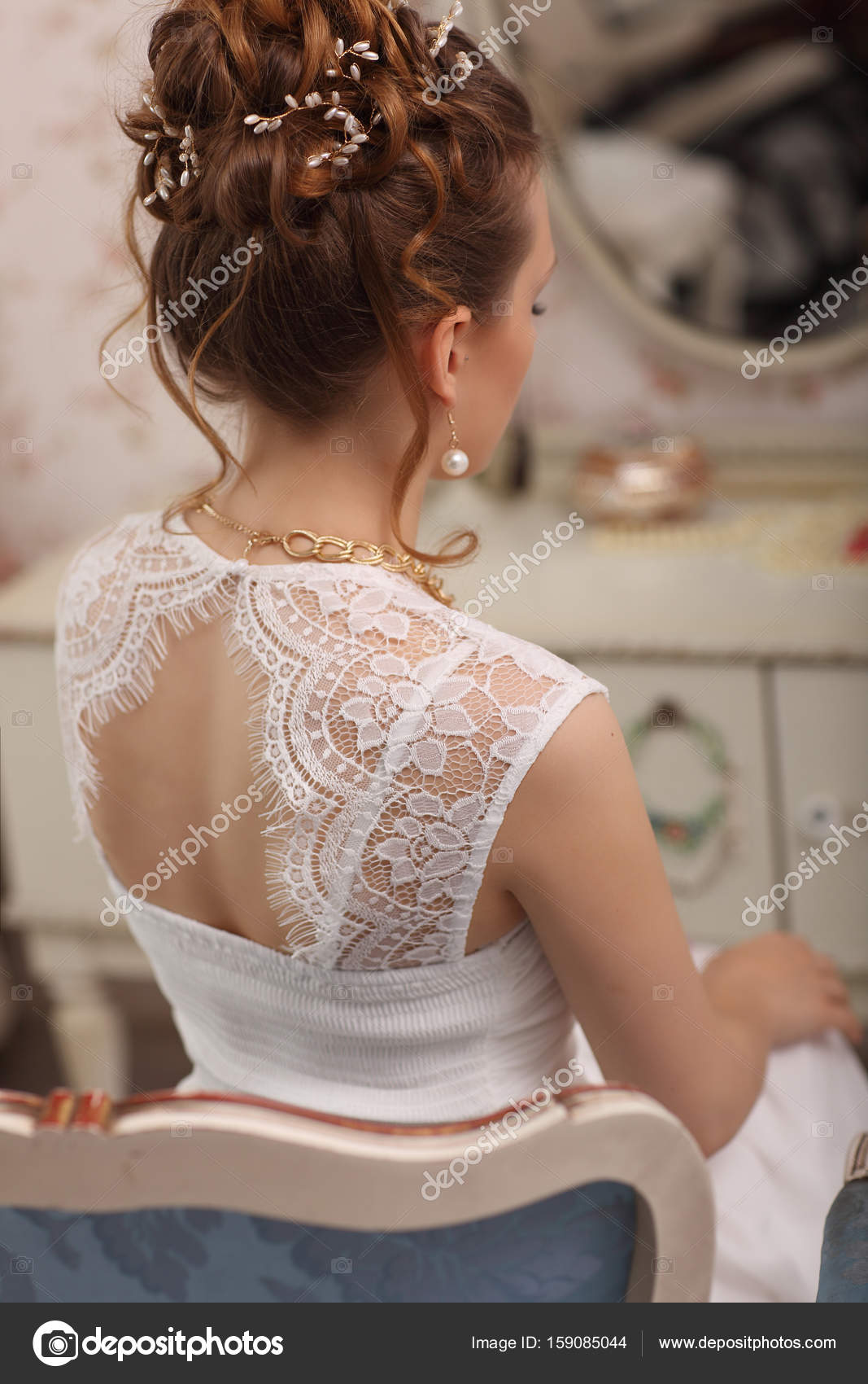Tender Wedding Stylish Hairstyle With Accessories Elegant