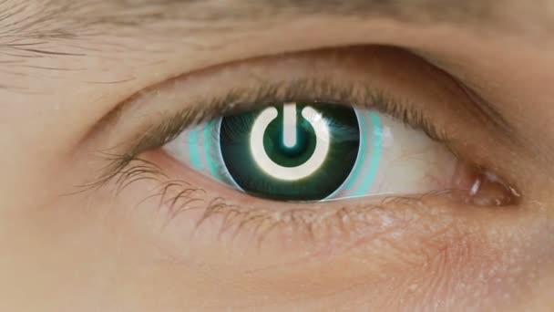 Nahaufnahme des Auges mit überlagerten Computerdaten. Zoom in Zentr. Anmelden am