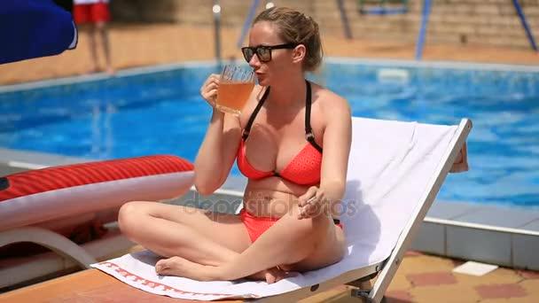 Фото с пьяными женщины, короткие порно ролики снятые из мобилок
