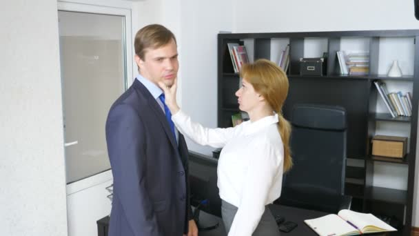 Interview with the interlocutor or a meeting: a business man and a woman. humor, irony. 4k