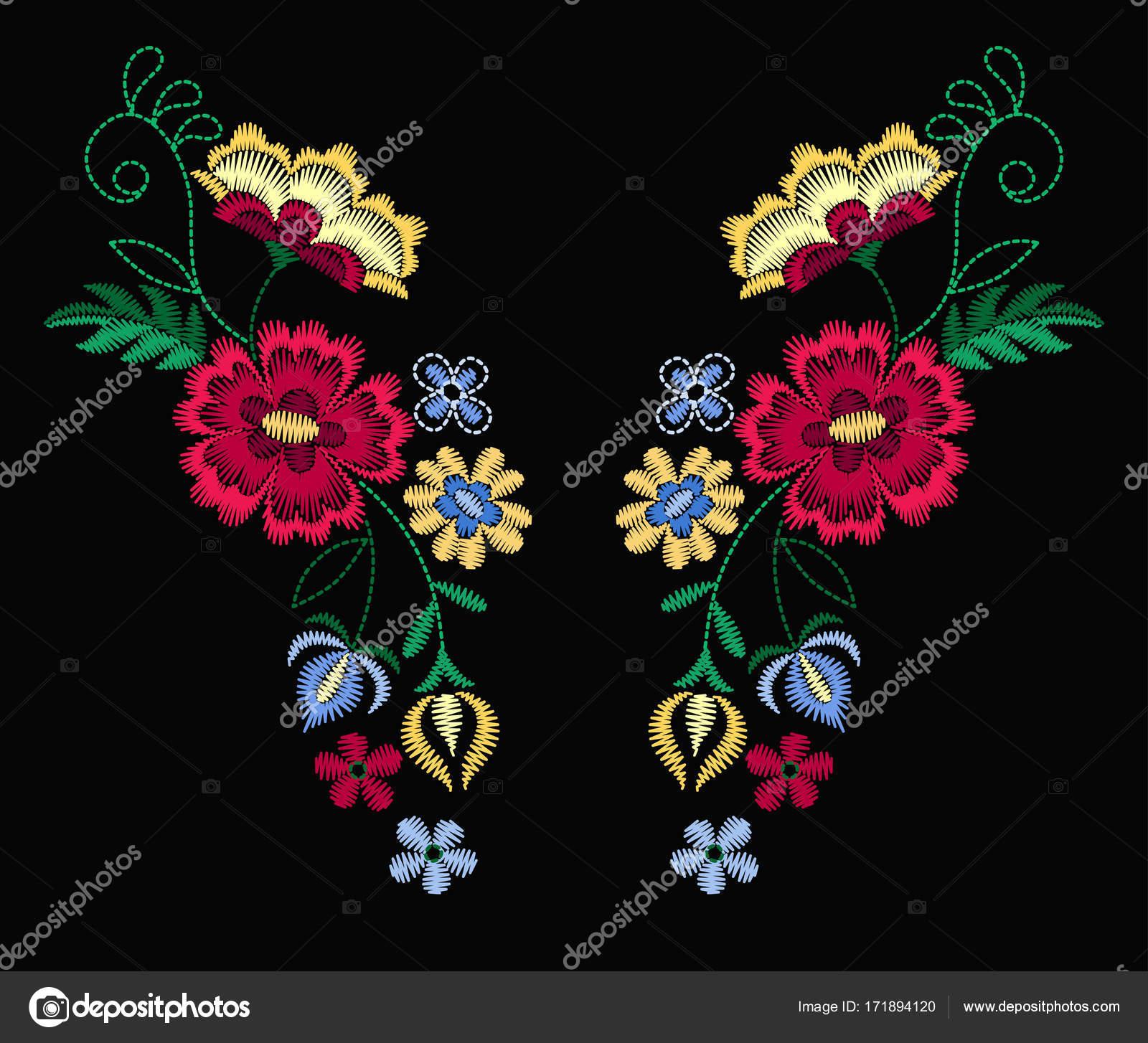 Vector Diseño Collar Camisetas Blusas Escote Flores Colores Étnicos Bordado  — Vector de stock 17e5930a4d843