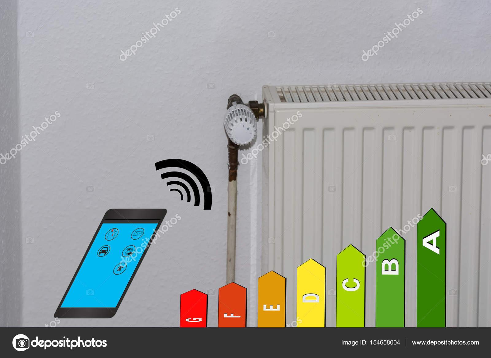 Energie-Effizienz-Klasse-Symbol, Heizkörper und smartphone ...