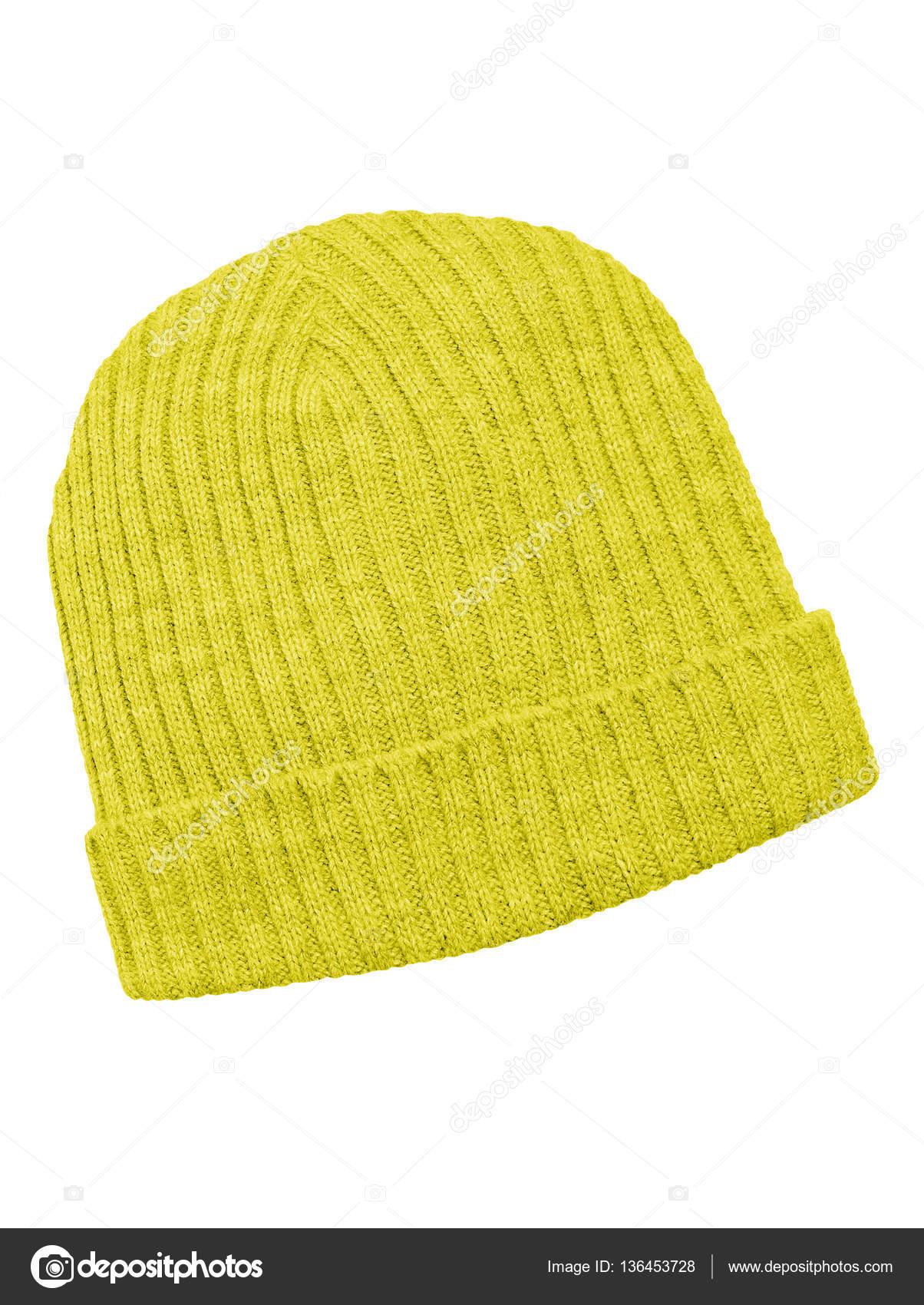 ff7413803d4fd Gorro lana amarillo aislado en blanco con trazado de recorte — Foto de ...