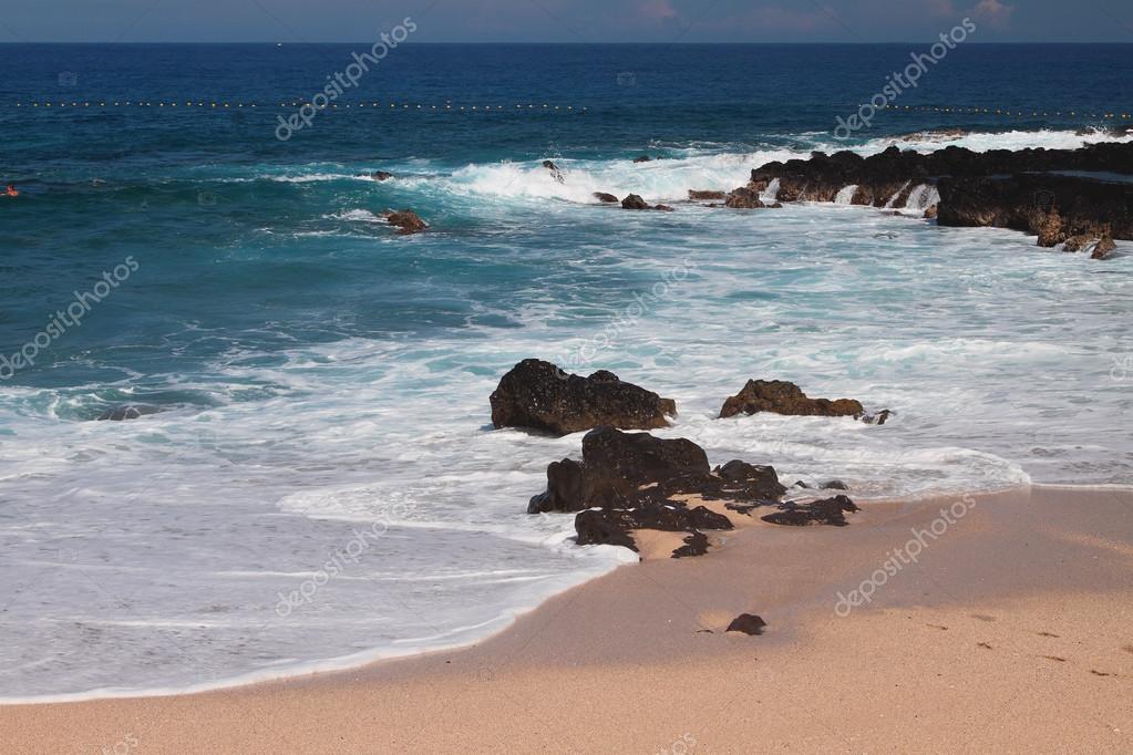 Shallow water on Boucan Canot Beach, Reunion