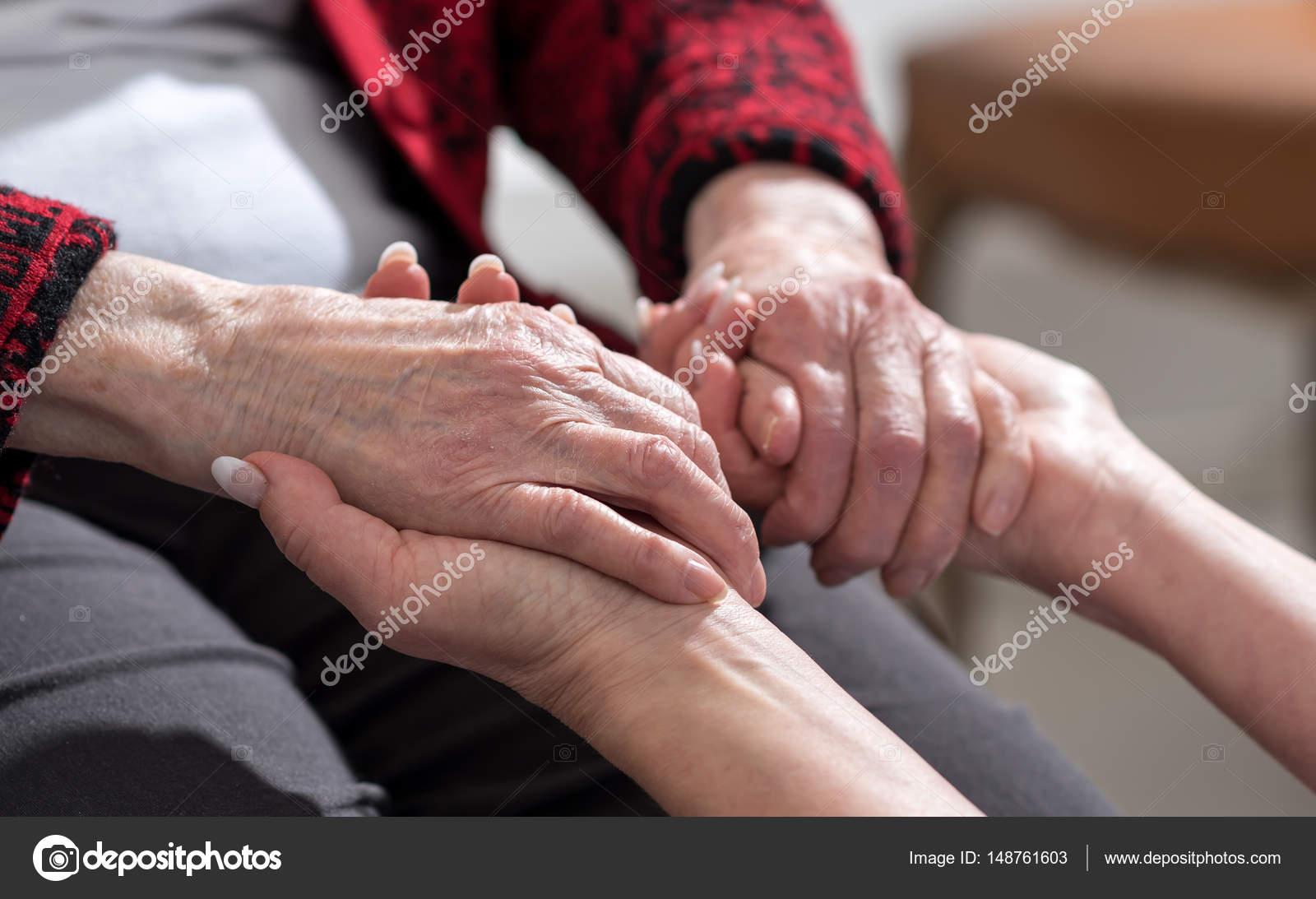 Помощь пожилым людям дому бесплатные дома престарелых в новосибирске