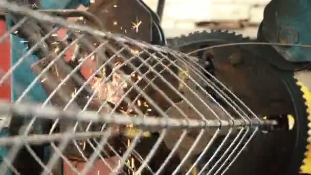 Herstellung von Metalldraht — Stockvideo © infocusvideo #162075204