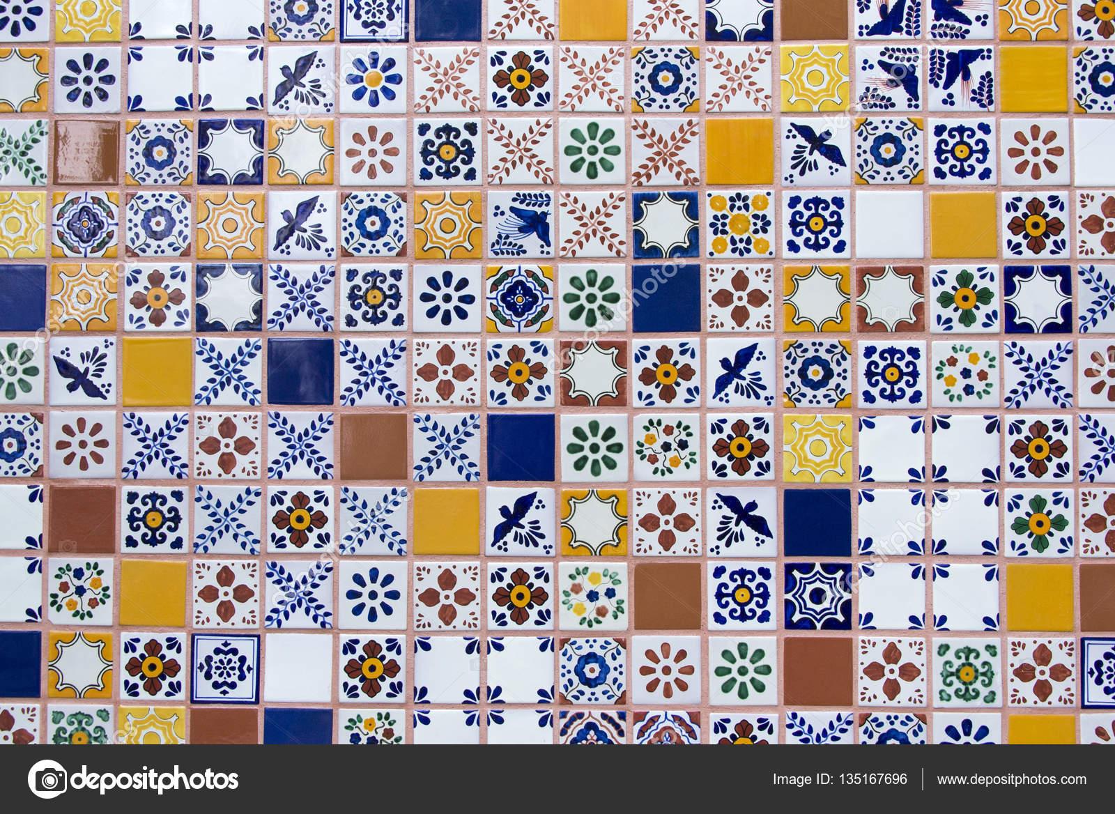 Piastrelle in ceramica fatte a mano messicani u2014 foto stock © ofranz
