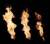 Fiamme di fuoco. grande lampo di fuoco