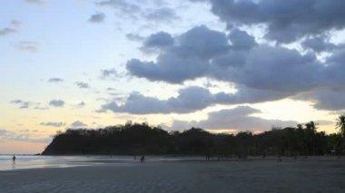 Naplemente a Costa Rica-parton 4k