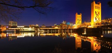 Panorama of the Tower Bridge in Sacramento at night