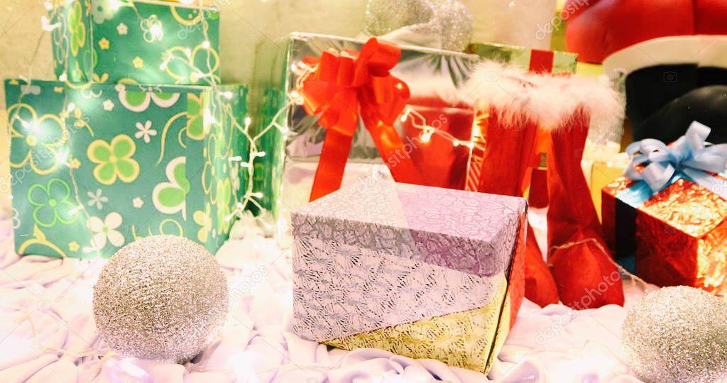 Happy new year 2018 e decorazioni per l albero di Natale con gif — Foto  Stock © Tui-PhotoEngineer  177915420 45d0b0fada64