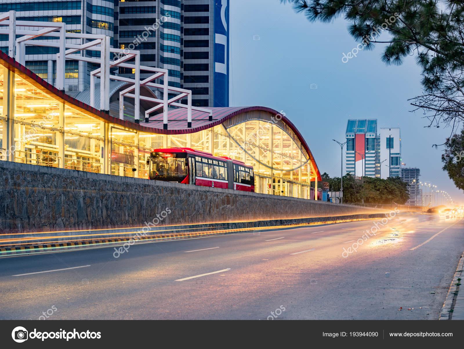 Metrobus Rawalpindi Islamabad Foi Construído 2015 Para