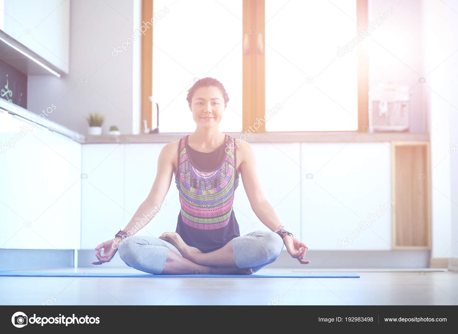faire du yoga la maison ventana blog. Black Bedroom Furniture Sets. Home Design Ideas