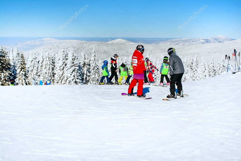 skiing down the bosquets mountain a short story Behind burke mountain's rise to become the top us olympic ski same burke mountain lifts, and flying down the burke mountain resort short.