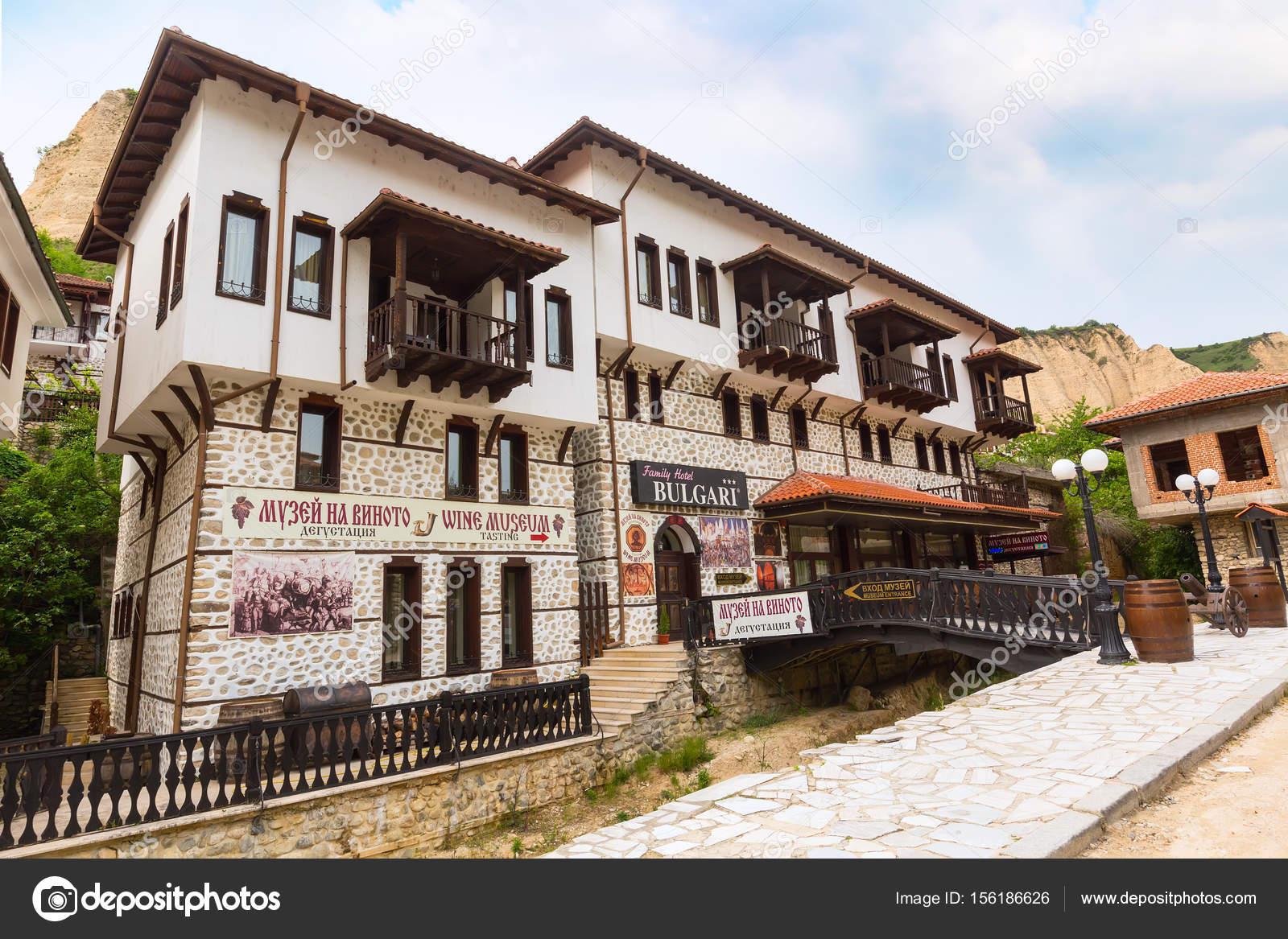 Casa tradizionale nella citt di melnik bulgaria foto for Piani di casa artigiano tradizionale