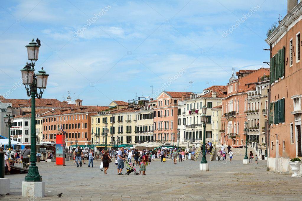Paseo marítimo Riva Schiavoni en San Marcos de Venecia - Italia ...