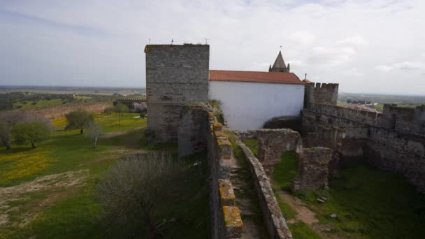 Hrad Mourao v Alenteju, Portugalsko