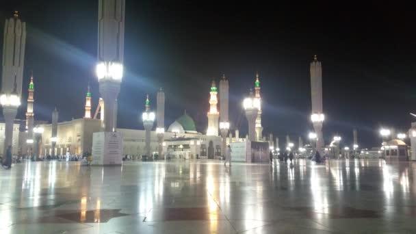 Mekka, Saúdská Arábie, v září 2016 - muslimských poutníků z celého světa se sešly Umrah anebo Hajj na mešity v Mekce.
