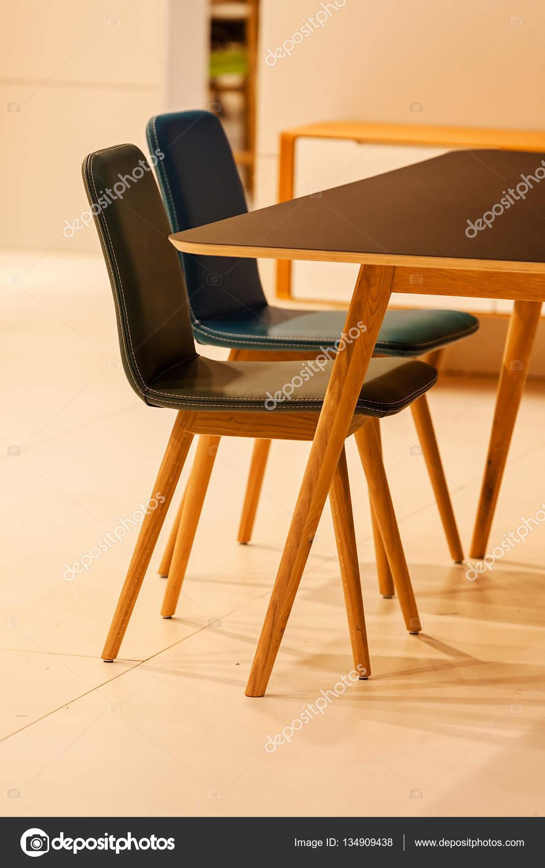 modello di sedia da cucina — Foto Stock © VladimirNenezic #134909438