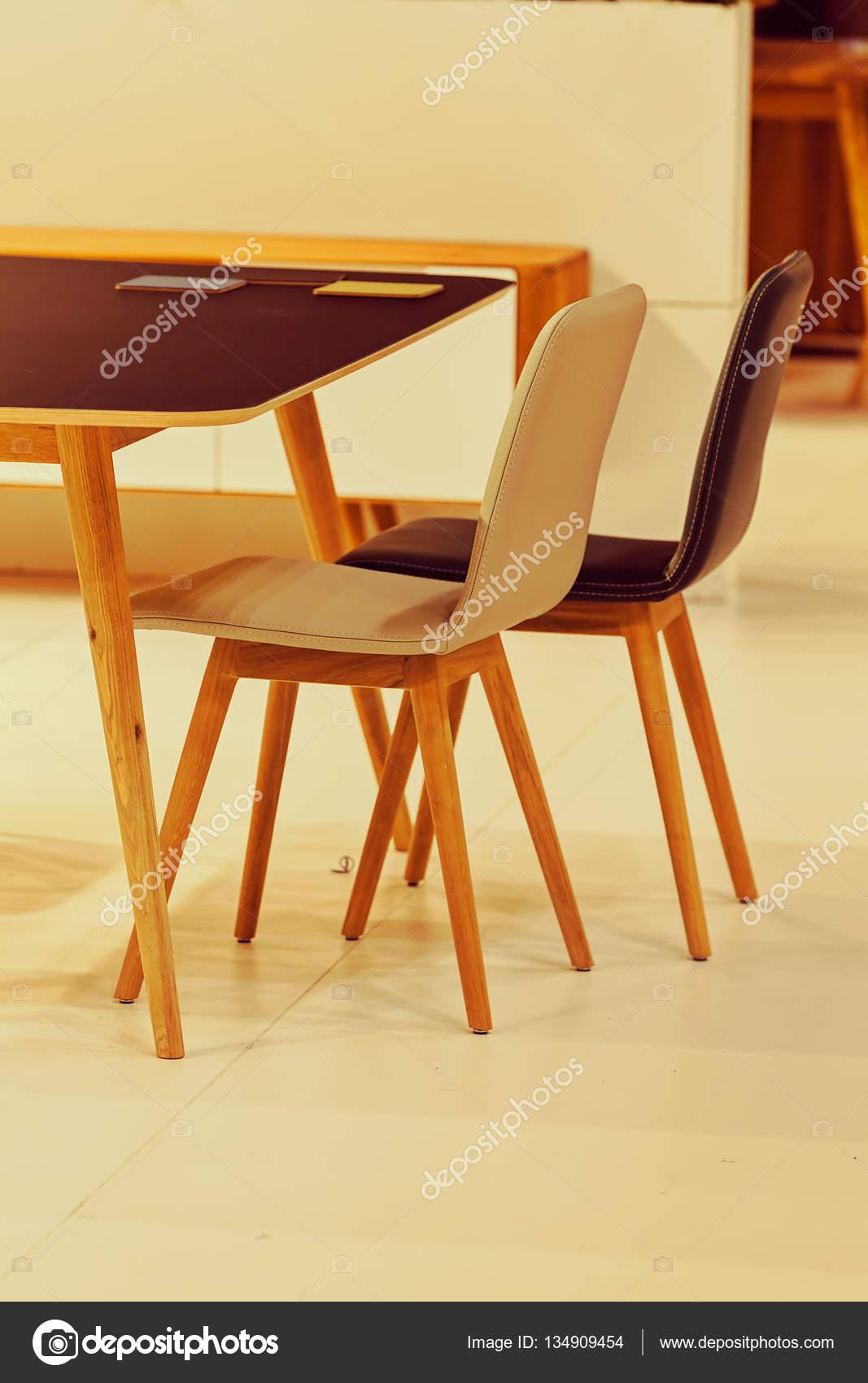 modello di sedia da cucina — Foto Stock © VladimirNenezic #134909454