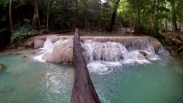 Erawan vízesés, Erawan Nemzeti Park, Kanchanaburi, Thaiföld
