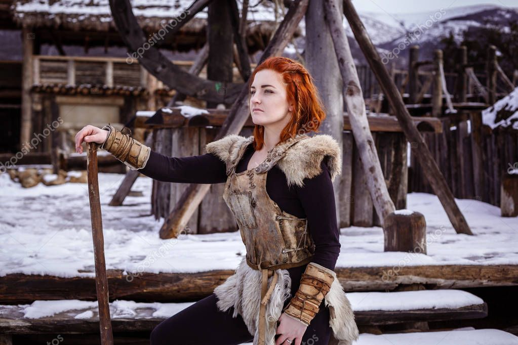 Viking woman with hammer
