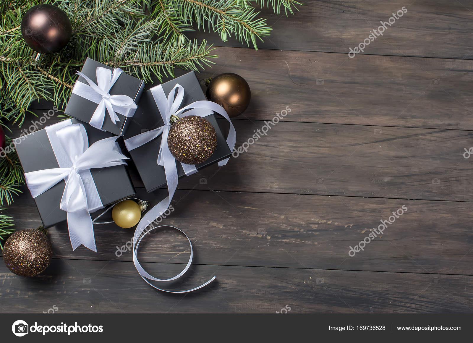 Boîte De Cadeau De Noël Noir Et Blanc Ruban Photographie