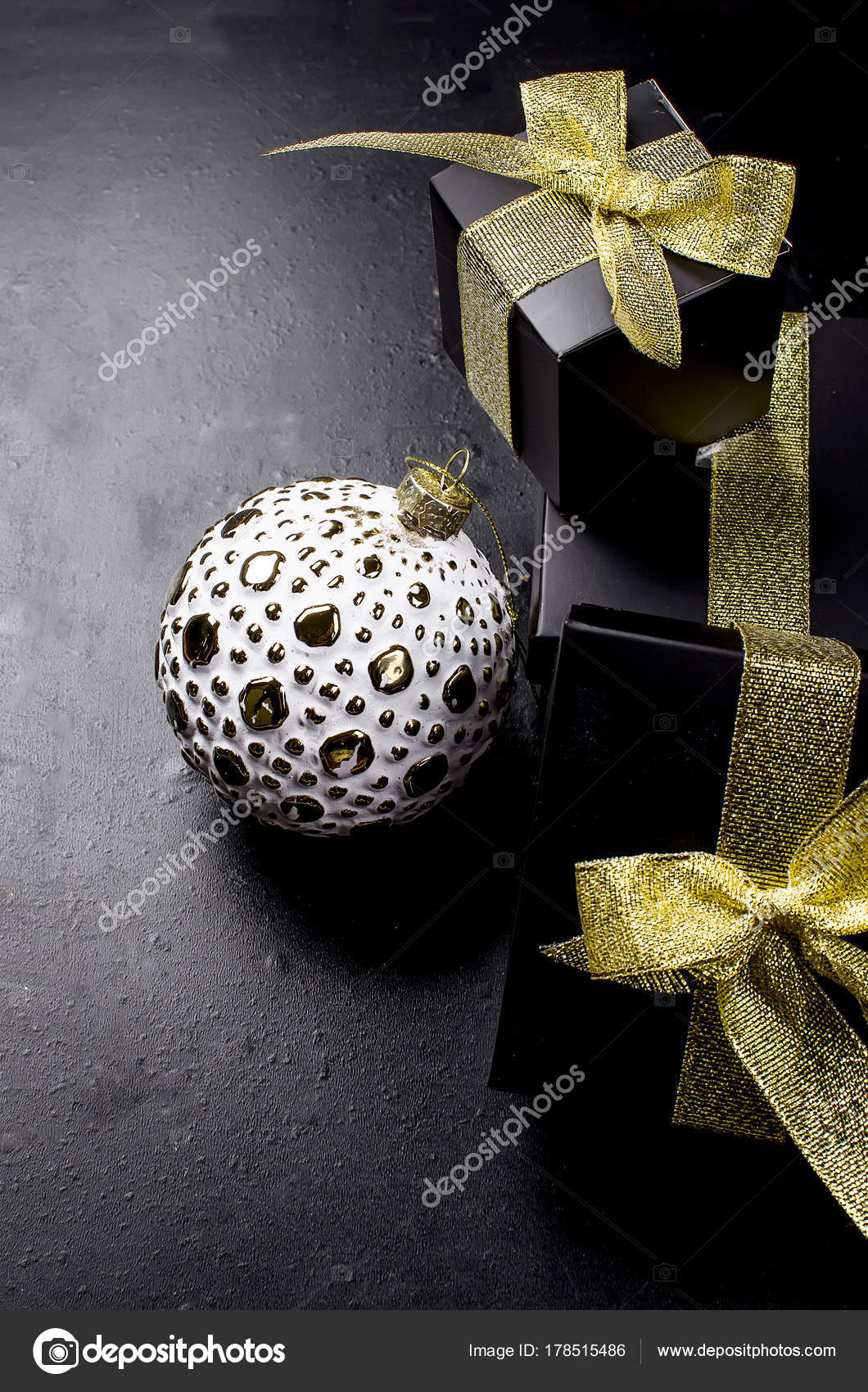 Elegant Christmas background with white retro balls and gifts ...