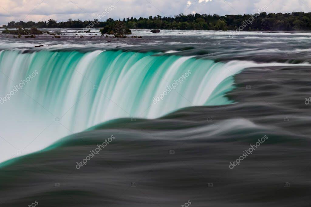 Фотообои Landscape photos of niagara falls