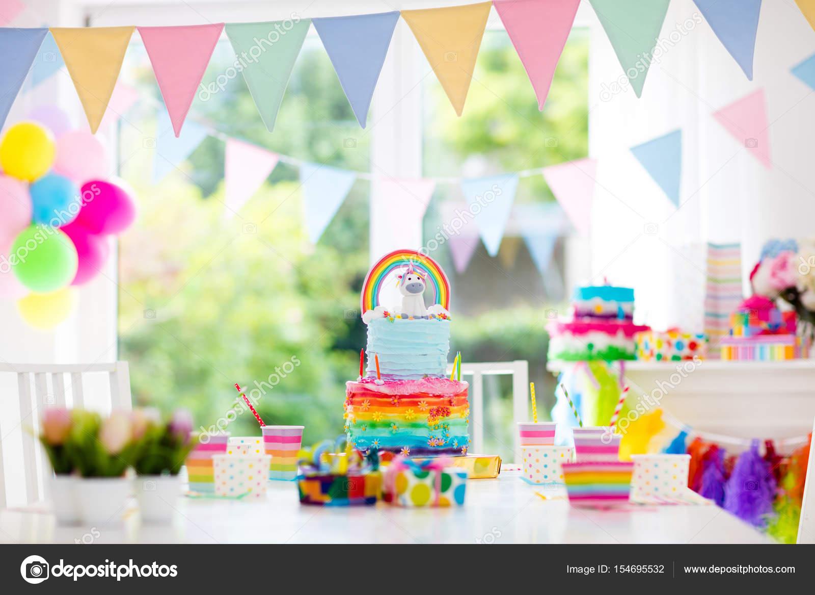 Decoraci n de fiesta de cumplea os de ni os y pastel for Decoracion para pared de unicornio