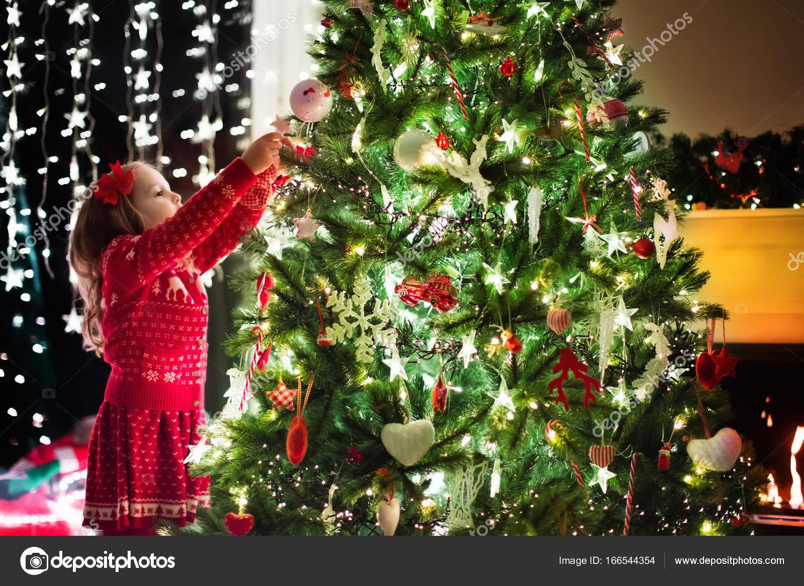 Decoraci n rbol de navidad infantil navidad para ni os for Adornos navidenos 2017 trackid sp 006