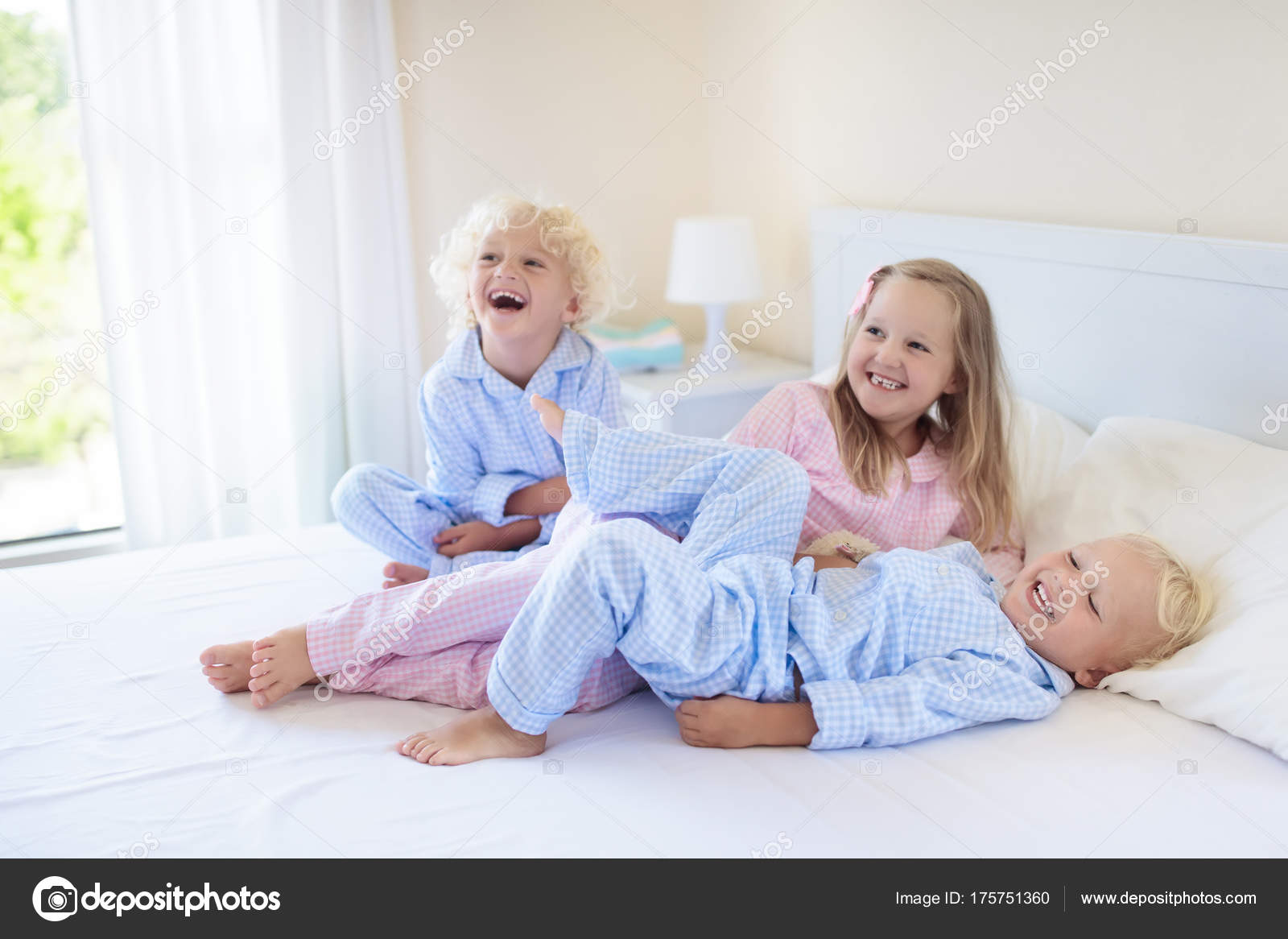 Фото зверушки с детьми
