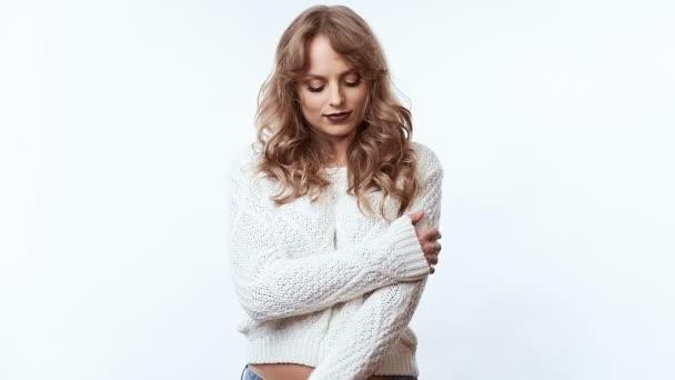 Анала одной, видео с женщинами в свитере