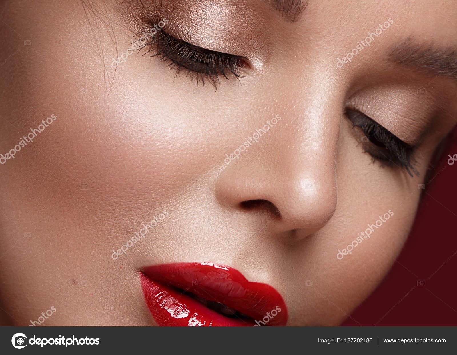 Frases Para Una Mujer Con Labios Hermosos Hermosa Chica En
