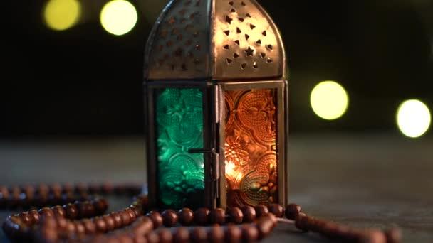 Filmaufnahme arabischer Laternen und Tasbih (Rosenkranzperlen), Filmmaterial für Ramadan und Eid