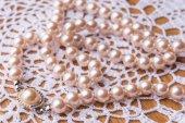 Fotografie Luxury white pearl necklace