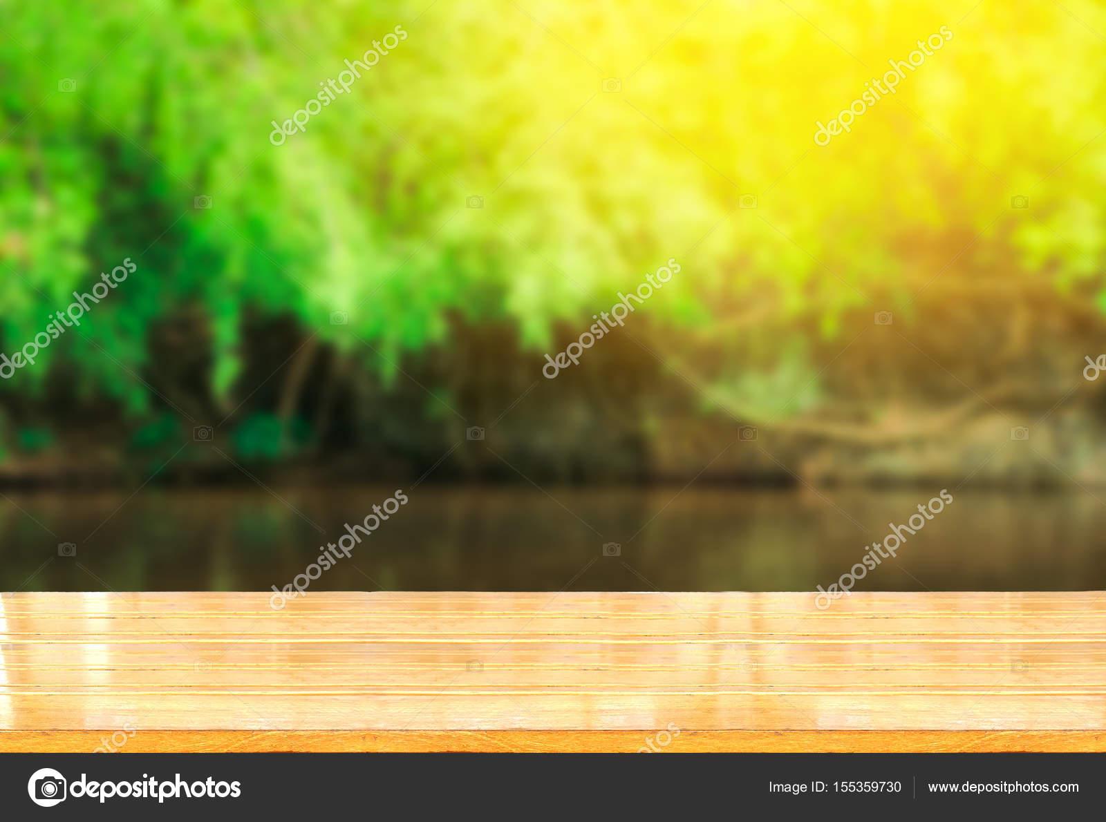 mesa de madera vacía — Foto de stock © thawornnulove #155359730