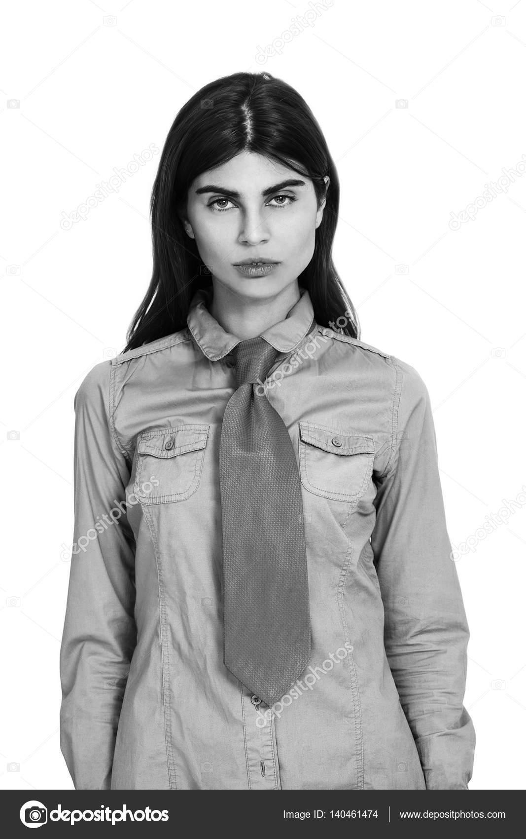 Bella Ragazza Indossa Camicia Bianca E Cravatta Nera