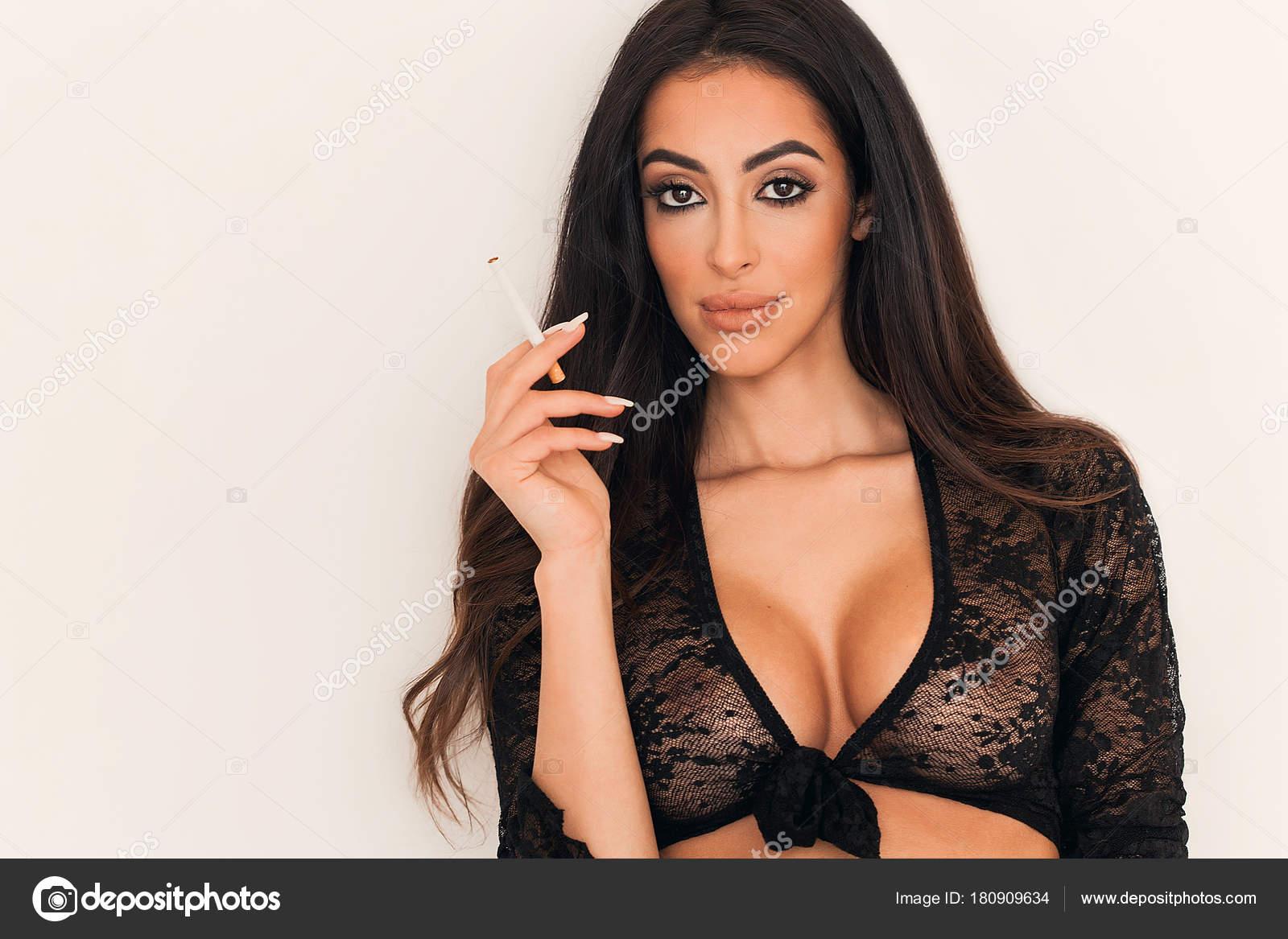 smyslné kouření obrázky