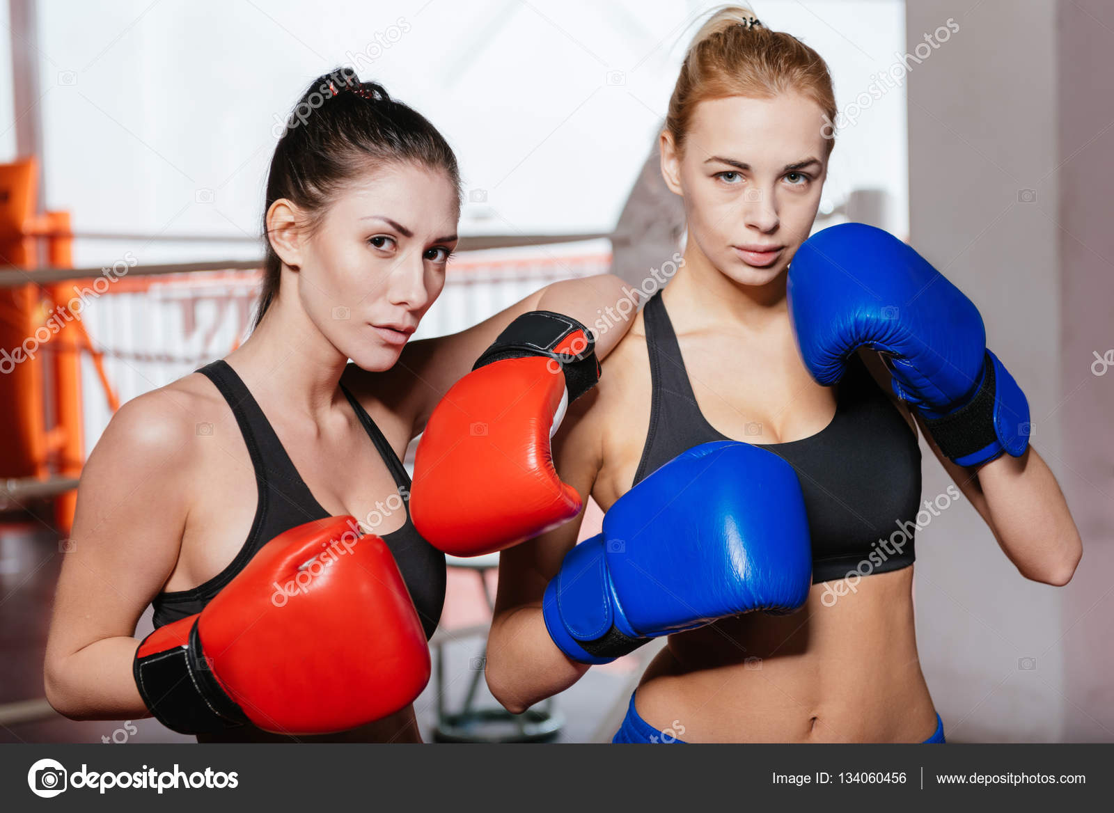Boxeuse Sexy boxeuses sexy fortes de modélisation — photographie yacobchuk1