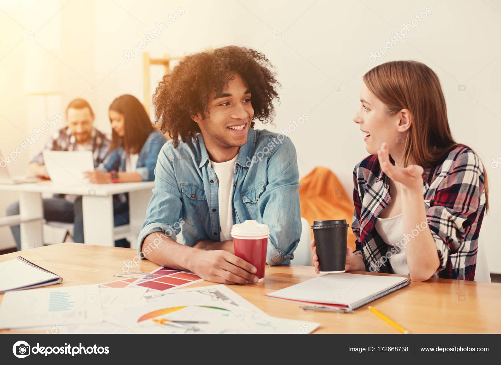 Студенты с подругой