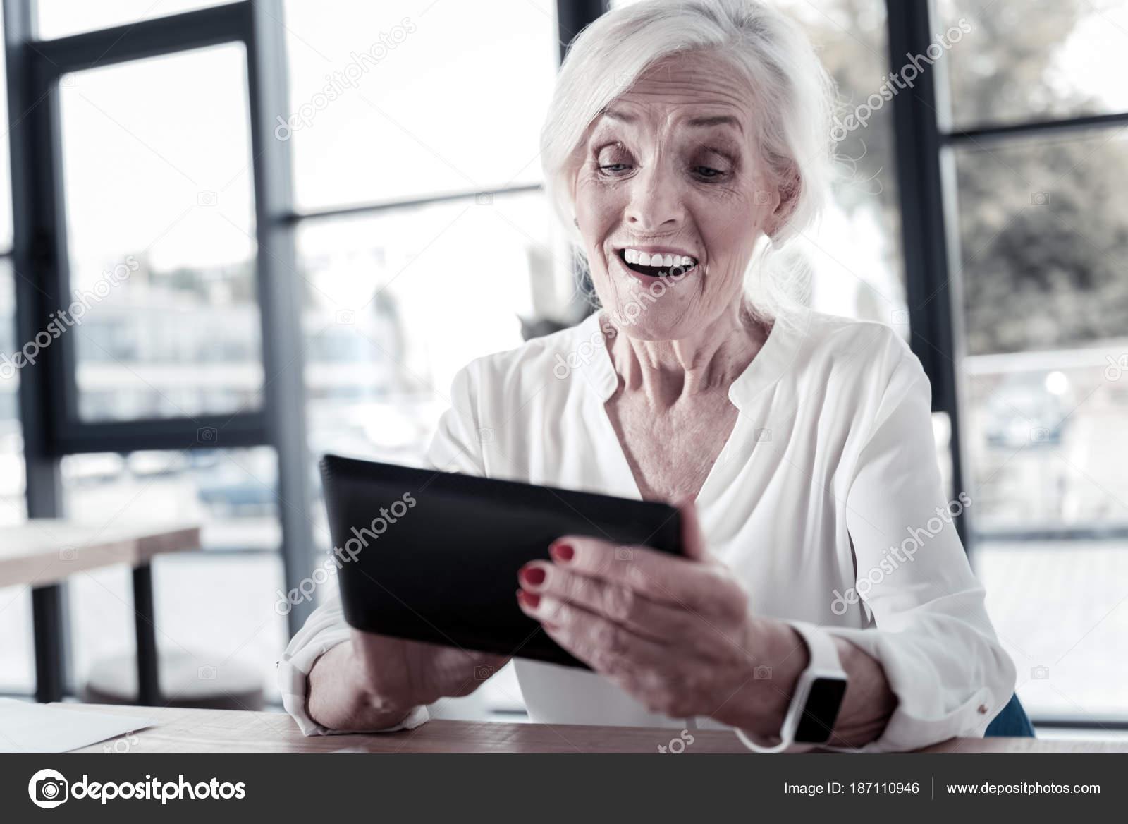 femmes âgées sexe vidéoslesbienne porno affaire