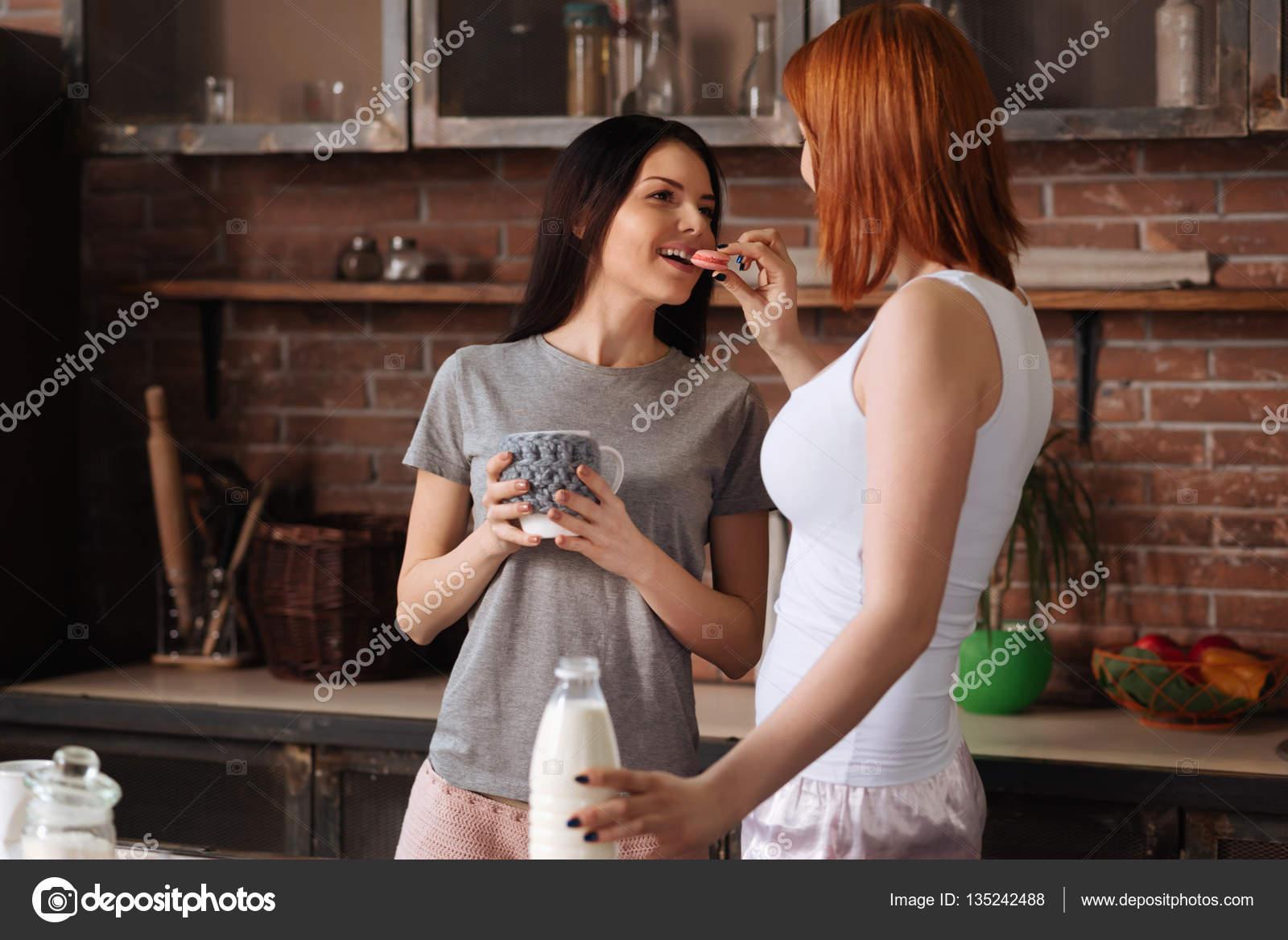 Amis essayer lesbienne sexe